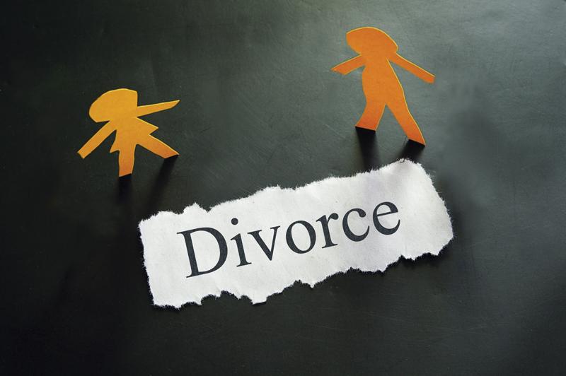 Suami Mudah Mengucap Kata Cerai