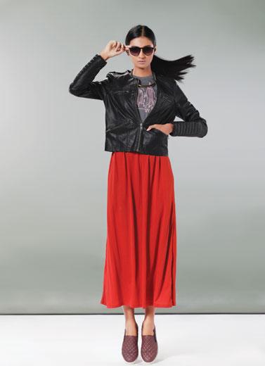 Full Skirt Domination