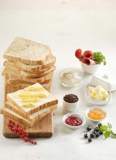 Pilah-pilih Teman Roti