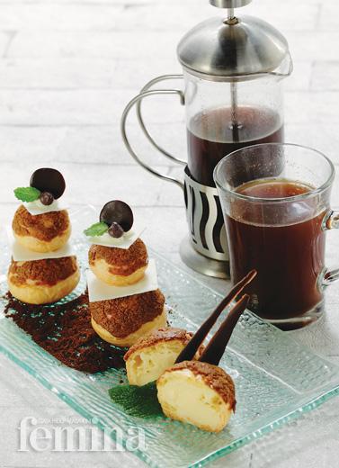 Cappuccino Sable Choux