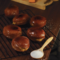 Pumpkin Crème Brulee Doughnuts