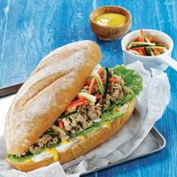 Sandwich Isi Ayam Cincang