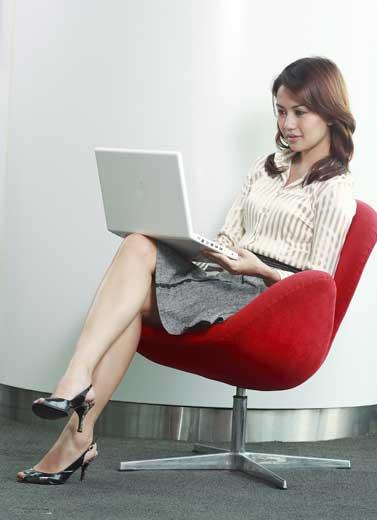 Menangkal Efek Domino Bisnis Online