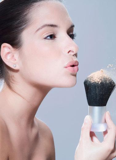 Waspadai Kosmetik Berbahaya