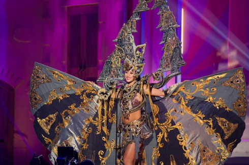 Elvira & Borobudur di Top 5 National Costume Miss Universe 2015