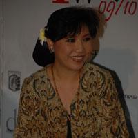 Anne Avantie Berbagi