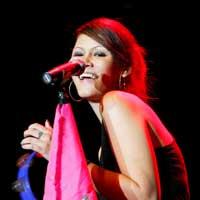 Melanie Subono, Ciptakan Lagu Kritik Sosial
