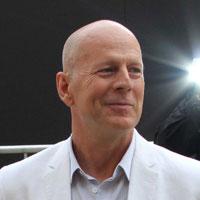 Bruce Willis: Ayah baru lagi!