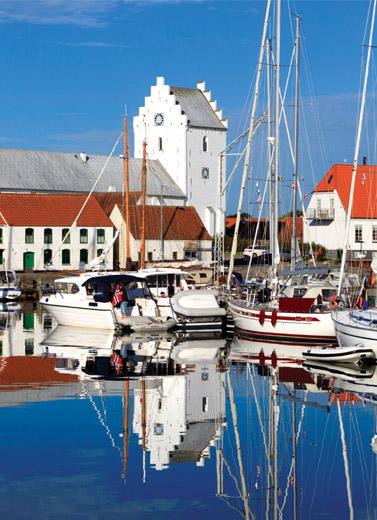 Di Antara Salju Dan Angin Kota Frederikshavn