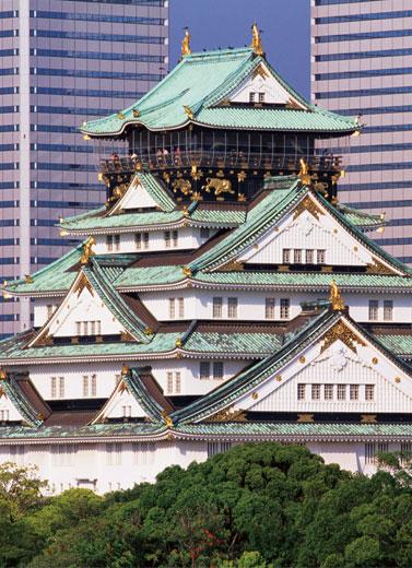 Menikmati Lompatan Waktu di Osaka