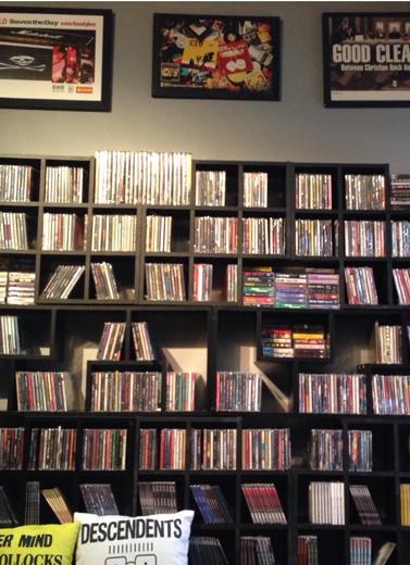 Transformasi Toko Buku dan Musik