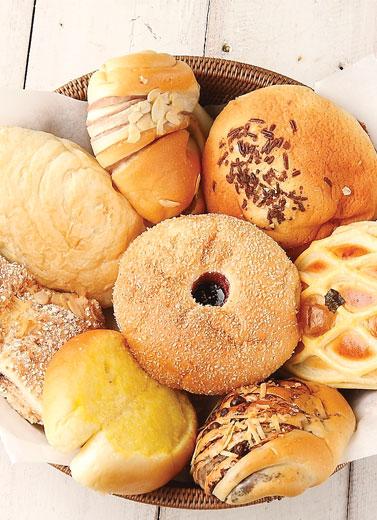 Roti Bermain Rasa