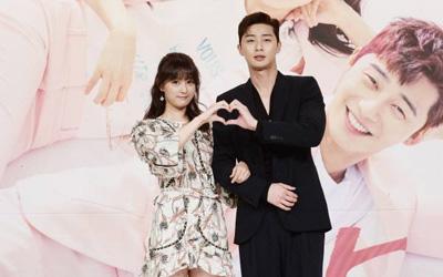 Kim Ji-won Mengaku Hatinya Berdebar-debar Karena Park Seo-joon