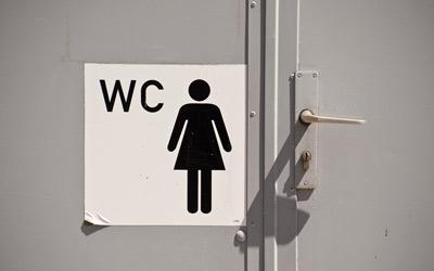 Cara Periksa Urine Sediri Demi Kesehatan