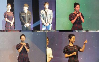 Takjub dengan Sambutan Penonton di Pembukaan KBEE 2017 Jakarta, Song Ji-hyo Berkali-Kali Melakukan Tanda Cinta