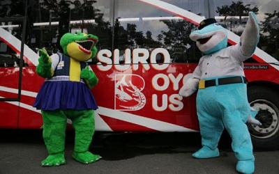 Di Surabaya, Anda Bisa Naik Bus Bayar Pakai Plastik