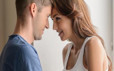 14 Trik Bercinta Tanpa Melibatkan Posisi