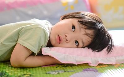 4 Tip Mudah Mencegah Anak Insomnia