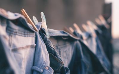 Mengatasi Baju Berbau Apak