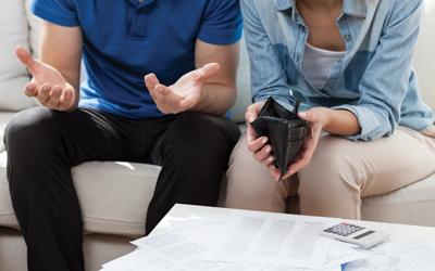 Cara Mengatasi Kekasih yang Sulit Menabung