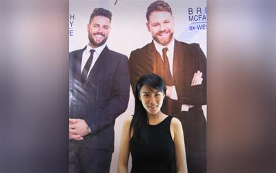 Pemenang 3 LPM 2011 Cynthia Tan Mendesain Baju untuk Boyzlife