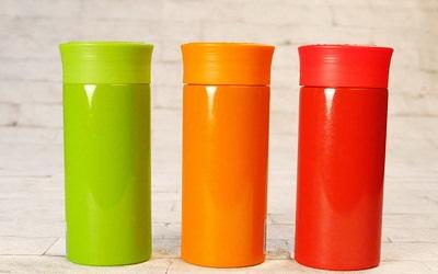 Siapkan Tumbler dengan Warna Cantik Ini untuk Teman Perjalanan Anda