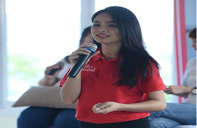 Tria Divinity Malengsang, Putri Sulamit Sulawesi Utara yang juga Guru Bagi Anak-Anak Pasar