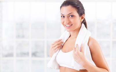 Berbagi Handuk & Alat Cukur dengan Pasangan Bisa Jadi Sarana Penularan Penyakit Menular