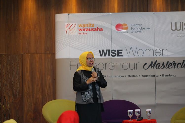 Feny Mustafa Sukses Membesarkan Label Baju Muslim Shafira Dengan Modal Awal Pinjaman Dari Ibu
