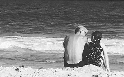Momen Kebersamaan dan Cinta Anthony Bourdain untuk Putri Semata Wayangnya, Ariane Bourdain