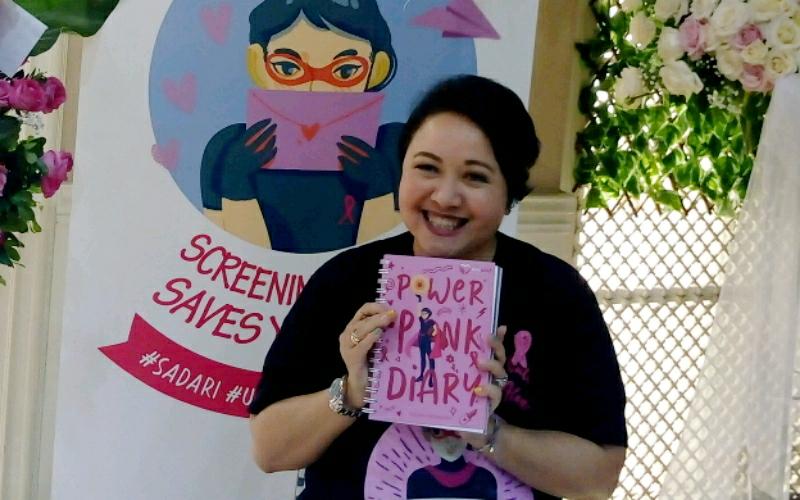 Lewat Power Pink Diary, Samantha Barbara Islan, Ibunda Chelsea Islan Bangkitkan Semangat Pejuang dan Penyintas Kanker Payudara
