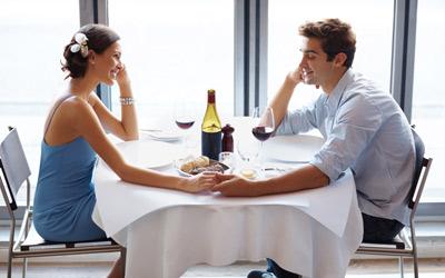 4 Trik Mengakhiri Kencan Pertama dengan Elegan
