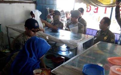 Polemik Warung Makan dan Restoran Tutup Selama Ramadan