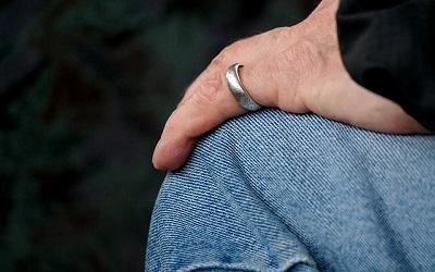 Rumit Hubungan Cinta Dengan Duda Cerai Mati