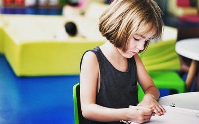 Orang Tua Harus Peduli, 6 Perubahan Perilaku Ini Tanda Anak Stres Menghadapi Ujian