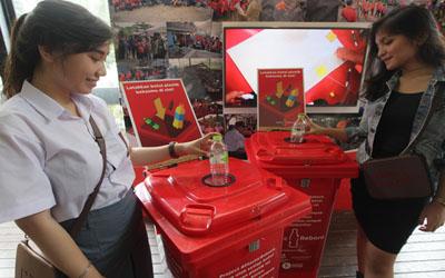 Program Plastic Reborn Ajak Pelajar Ubah Sampah Jadi Plastik Jadi Tas Gaul