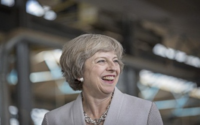 Theresa May, Perdana Menteri Baru Inggris, Sosok Ambisius di Tengah Brexit, Kitten Heels dan Hobi Memasak