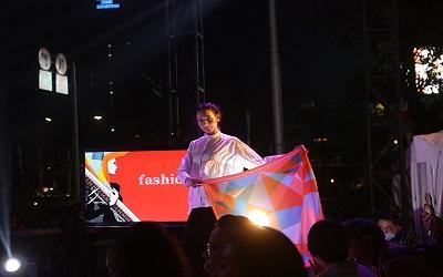 FWD Fashion Rocks, Suara dan Modest Wear Kreasi Barli Asmara di Satu Panggung