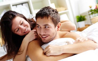 5 Cara Dongkrak Stamina Bercinta Pasangan