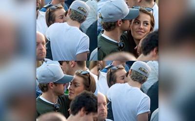 Tertangkap Kamera sedang Bermesraan, Inikah Pacar Baru Niall Horan?