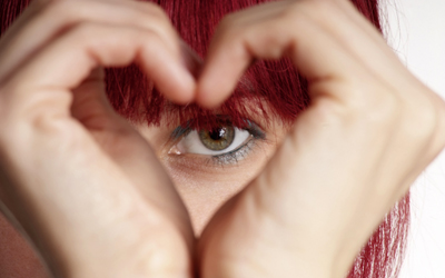 Make-up dan Perawatan Untuk Memudarkan Lingkaran Hitam di Bawah Mata