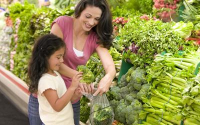 5 Cara Membuat Anak Makan Sayur Tanpa Paksaan