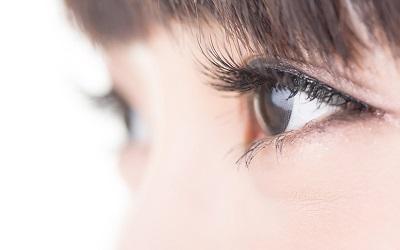 Cara Mudah Membuat Bulu Mata 'Cetar' ala Syahrini