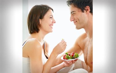 4 Khasiat Stroberi untuk Aktivitas Seksual