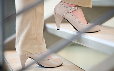 5 Tip Memilih Sepatu Kerja yang Nyaman