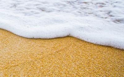 Thailand Mendenda Perokok di Pantai Pattaya dan Phuket, Kapan di Indonesia?