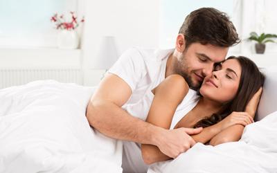 5 Perbedaan Pandangan Pria dan Wanita Soal Aktivitas Seksual