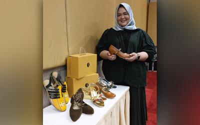 Tyas Ajeng Nastiti, Promosi Sepatu Klastik Footwear Lewat Google My Business