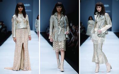 Mengintip Koleksi Barli Asmara yang Glamor di Jakarta Fashion Week 2017