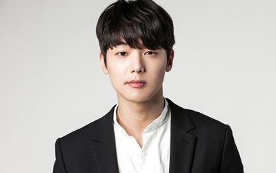 Kang Min-hyuk, Bintang Drama Seri Entertainer, Membocorkan Sosok Wanita Idealnya